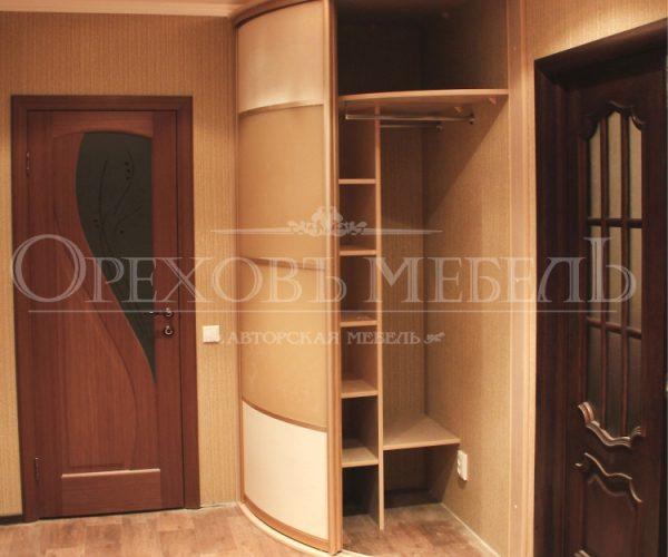 Радиусный шкаф купе Комфорт в Омске