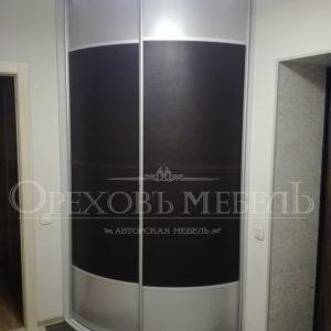 Шкаф купе радиусный в Омске фото и цены