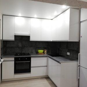 Кухня на заказ из Глянцевые панели МДФ